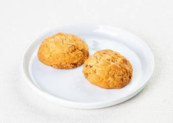 Печенье с миндалем и изюмом (2 шт. )