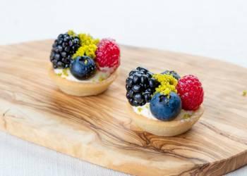 Мини-тарталетка с лесными ягодами (1 шт.)