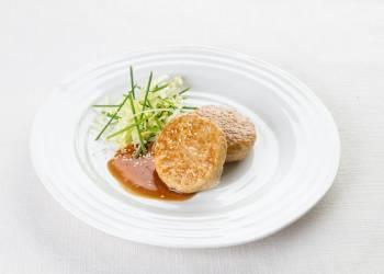Куриные котлетки с куриным соусом (2 шт.)