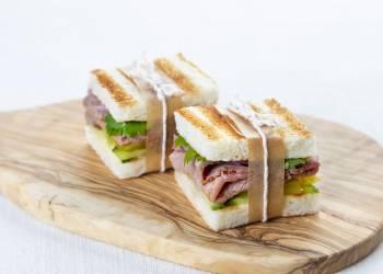 Мини-сэндвичи с ростбифом (2 шт.)