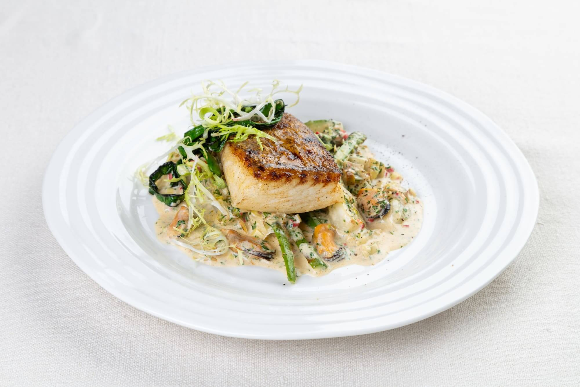 Halibut with fennel and mussel sauce