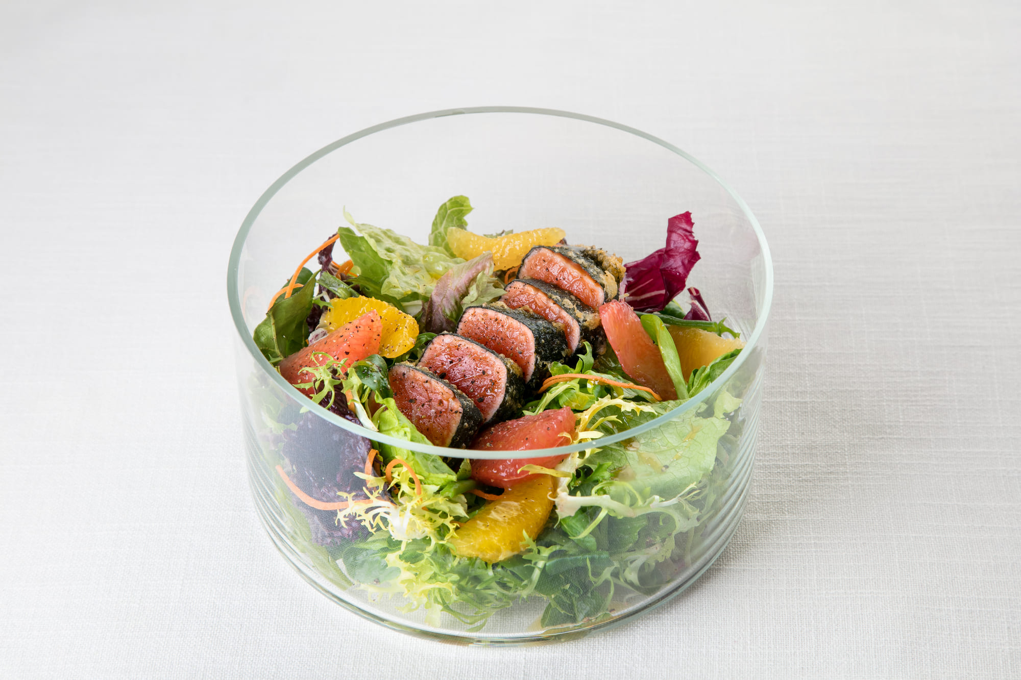 'Gallery'  salad with salmon tempura